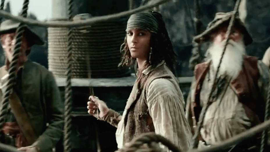 Watch Pirates of the Caribbean: Dead Men Tell No Tales (2017) Movie Full HD [ Download ]